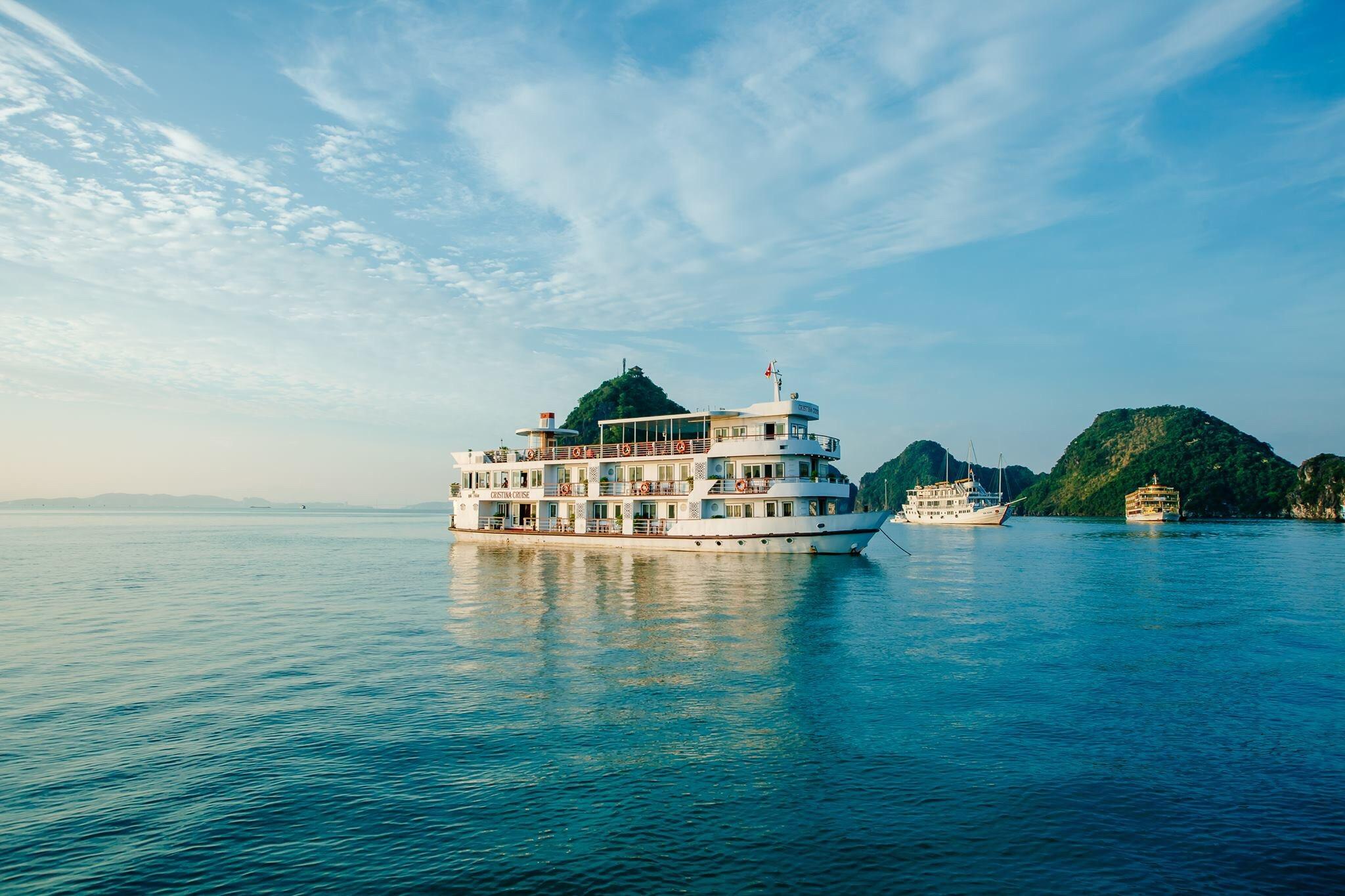 boat-sea-vacation-bay-boats-life-seashore-holidays-oceans-halongbay_t20_X2O1db